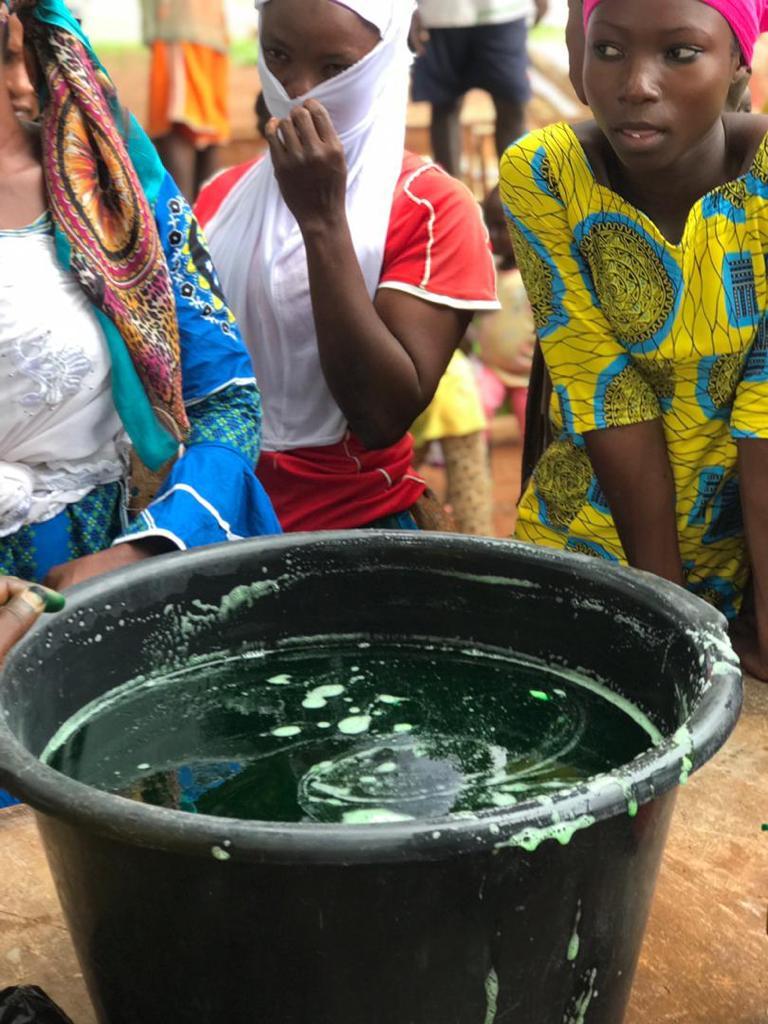 sedarvp_teaches_women_soap_making